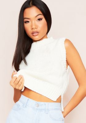 Ariana Cream Cropped Knitted Sleeveless Vest