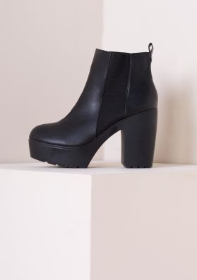 Sandy Elastic Cleated Sole High Heeled Boot