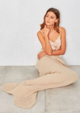 Adella Beige Knitted Mermaid Blanket