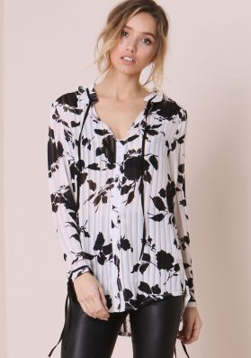 Lynnie White And Black Floral Pleated Sheer Shirt