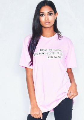 Eleanor Pink Real Queens Fix Each Other's Crowns Slogan T-Shirt